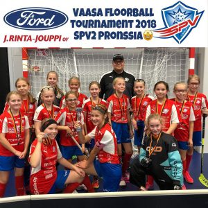 Vaasa floorball tournament 2018 pronssi sija SPV peliveljet D tytöille